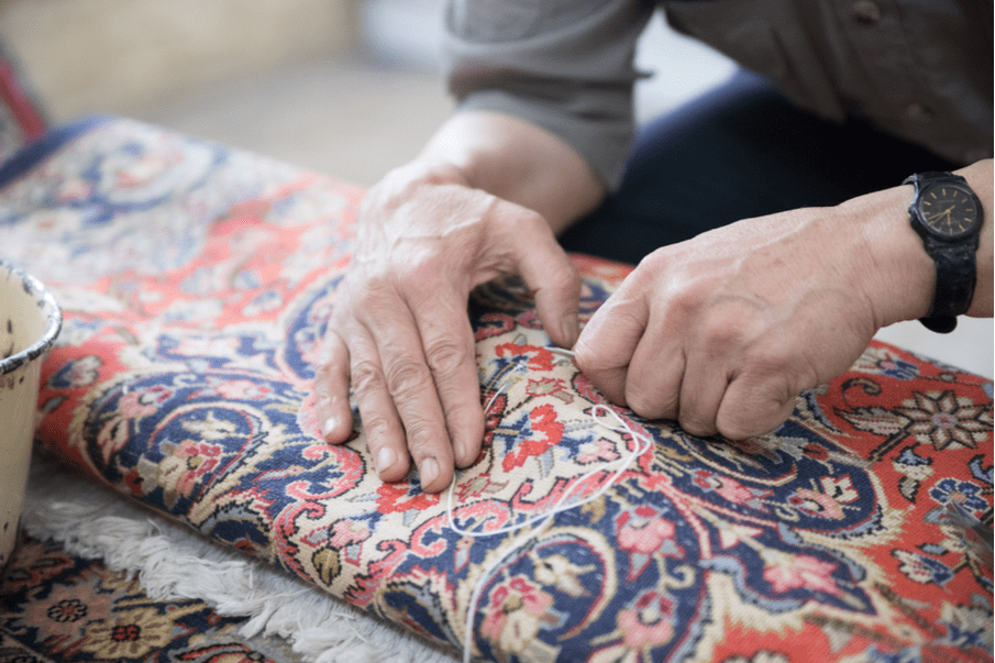 5 Tips on how to repair damaged carpets and rugs
